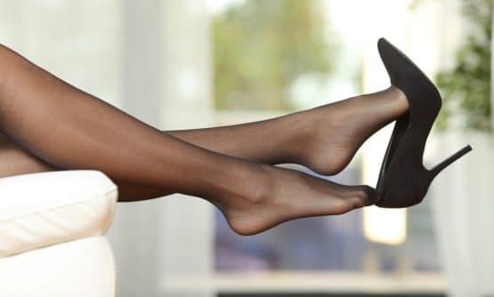 chaussures et collant noir