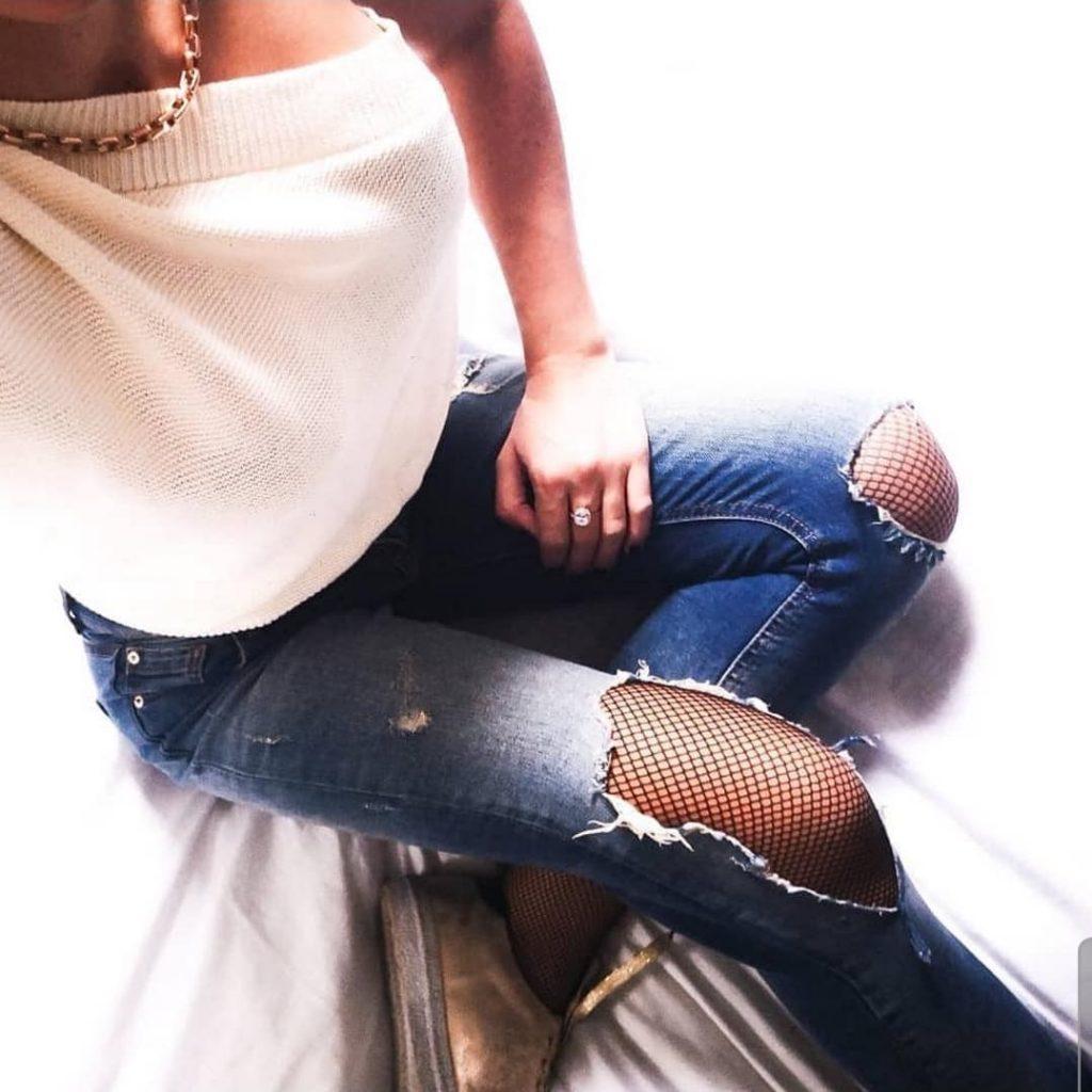 collant résille et jean